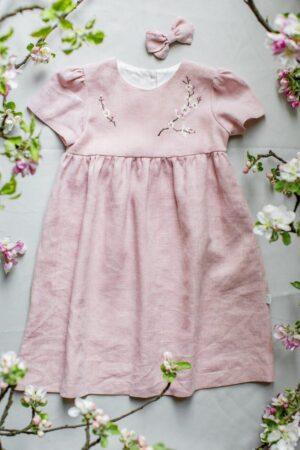 naturalna-sukienka-dla-dziewczynki-blady-pudrowy-roz-na-lato-wakacje-babyshower-urodziny-handmade-haftowana-lilenstore