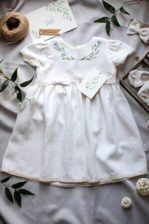 sukienka-do-chrztu-dla-dziewczynki-amelia-haftowana-w-klosy-lnu-reczna-robota-bawelniana-koronka-blisko-natury-slowfashion-lilenstore