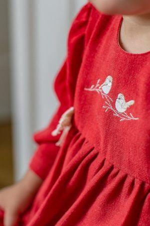 sukienka-swiateczna-dla-dziewczynki-czerwona-haftowana-premium-ekskluzywna-koronkowa-lilen-handmade-szyta-recznie-w-polsce_google