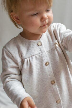 sweterek-dla-dziewczynki-na-jesien-bezowy-retro-boho-vintage-naturalny-lilen-lilenstore